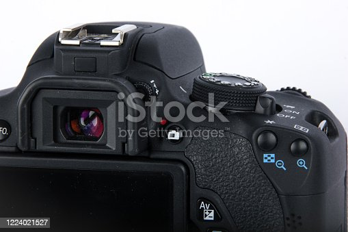 istock DSLR camera isolated on a white background. 1224021527