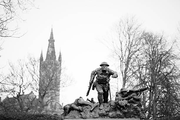 cameronian animée war memorial, de glasgow - guerre 14 18 photos et images de collection