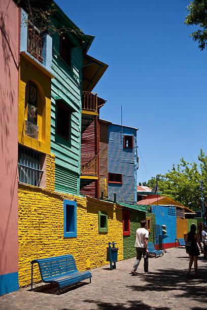 Caminito casas no bairro La Boca em Buenos Aires, Argentina - foto de acervo