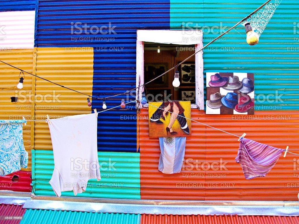 Caminito janela no bairro La Boca em Buenos Aires, Argentina foto royalty-free