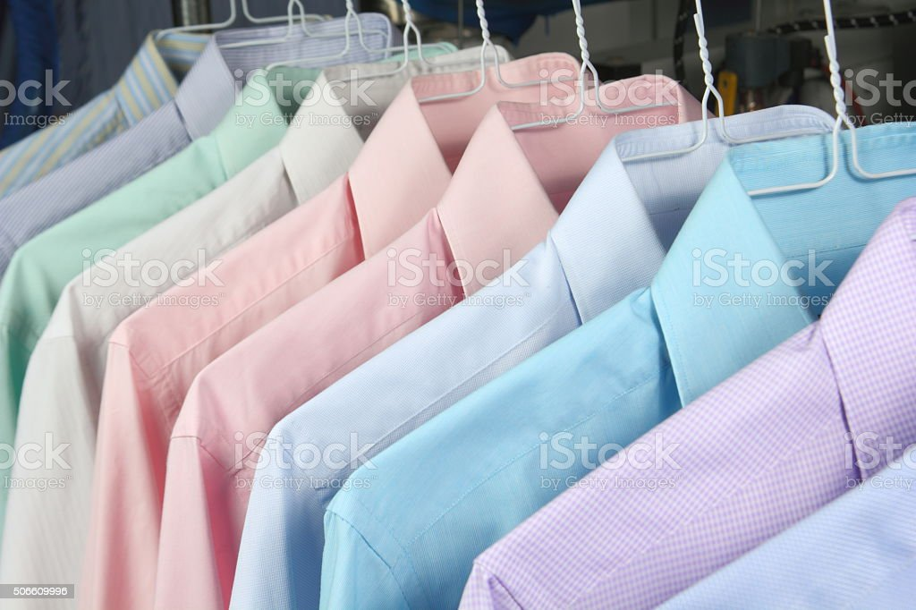 camisa planchada stock photo