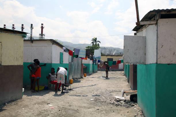 camp chavez, port-au-prince, haiti, february 24, 2017 - 2010 foto e immagini stock