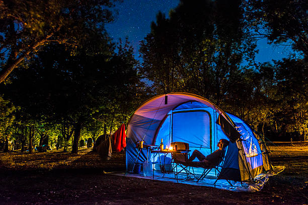 camping under the stars - nightsky bildbanksfoton och bilder