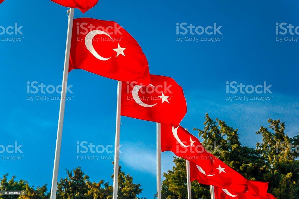 Mémorial de Canakkale Martyrs avec drapeau turque, Turquie - Photo