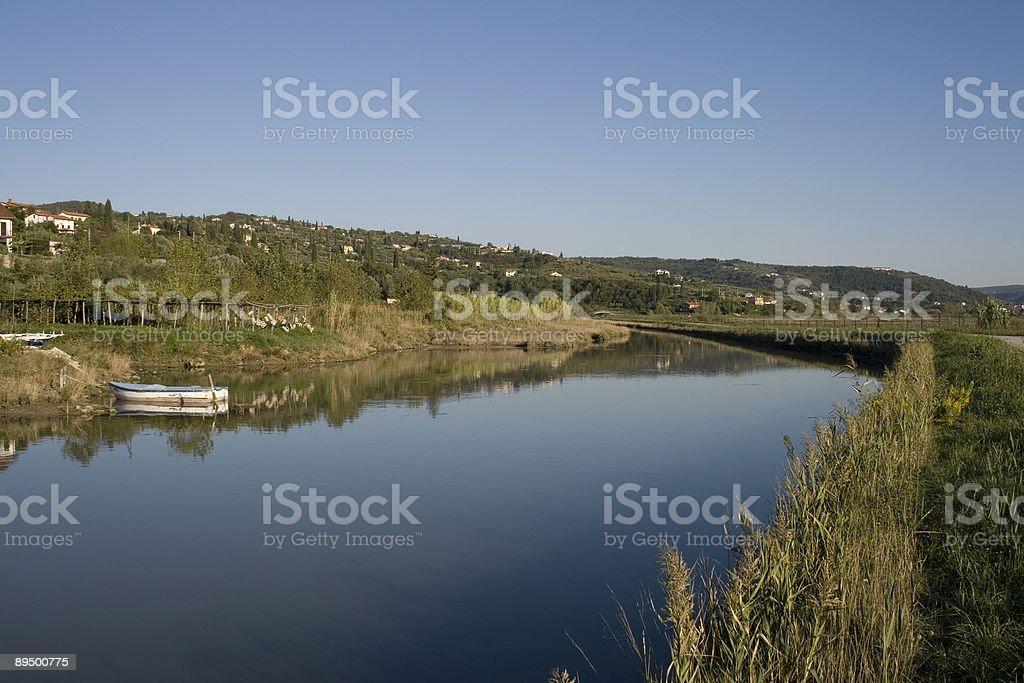 Kanał w salinas z Šečovlje, Słowenia zbiór zdjęć royalty-free