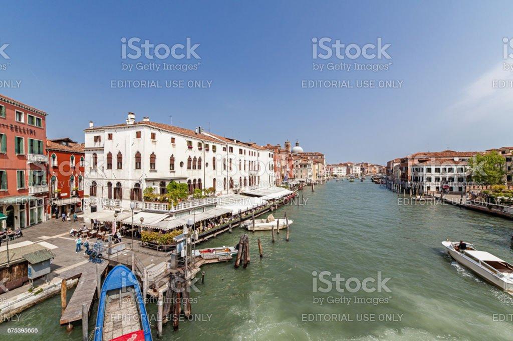 Grand canal (Venise) lus de Ponte degli Scalzi photo libre de droits