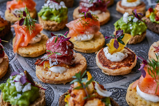 istock Canapes for party 923784110