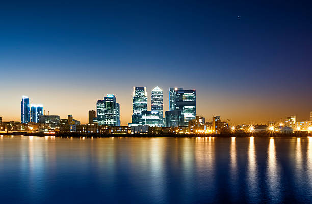 canary wharf, london. - canary wharf stock-fotos und bilder