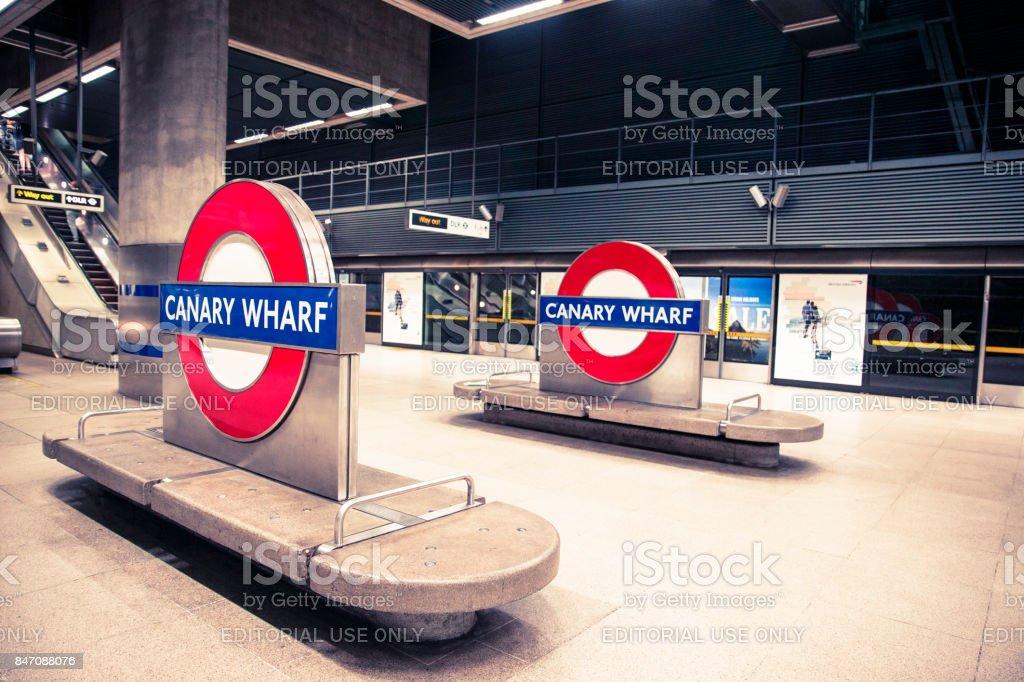 Canary Wharf Underground Symbol Seen Around The Canary Wharf Tube