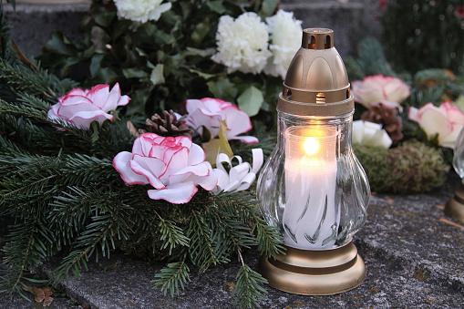 Candle On The Grave-foton och fler bilder på Andlighet