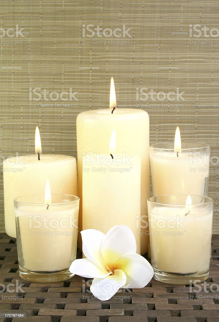 candles and flowers - Royalty-free Alternative Medicine Stock Photo