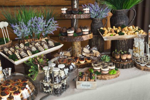 candy bar for birthday party or wedding - pudim imagens e fotografias de stock