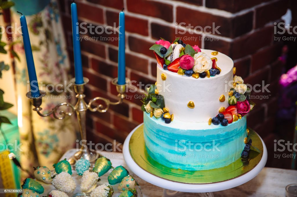 Candy bar, wedding cake luxury decorated in wedding party, cupcakes. Concept of Sweet table royalty-free stock photo