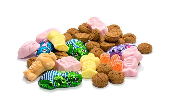 candy for the sint party - kruidnoten stockfoto's en -beelden