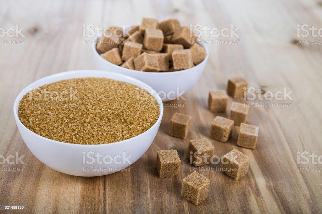 Zuckerrohr in einem weißen Schalen Lizenzfreies stock-foto