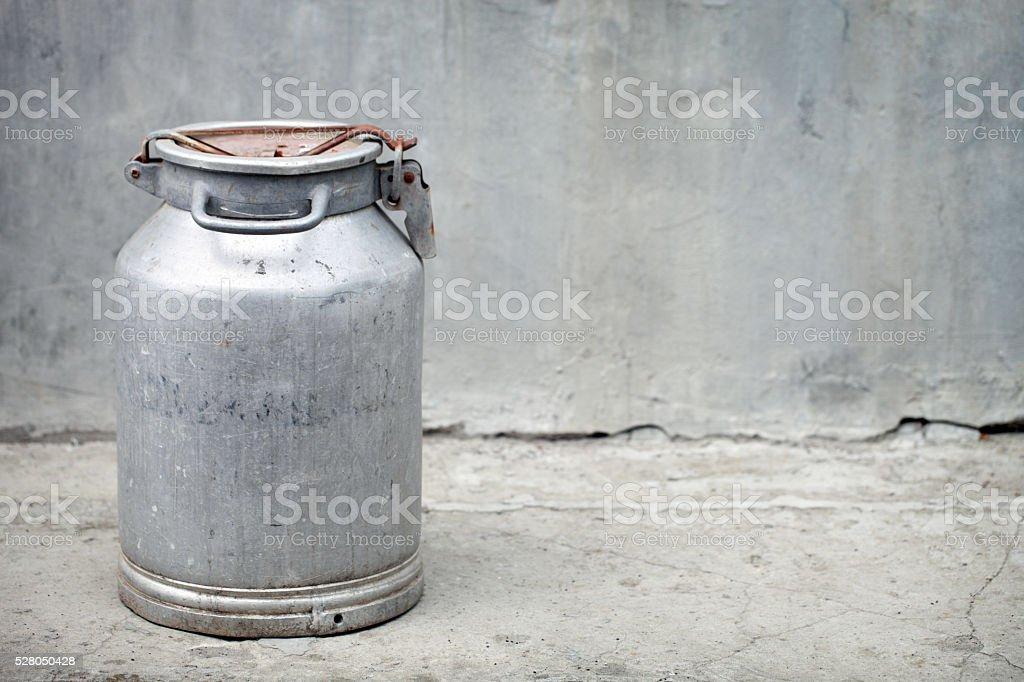 Kanister - Lizenzfrei Milchkrug Stock-Foto