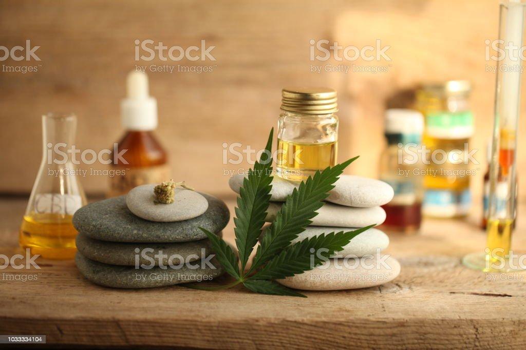 producto aceite de cannabis cbd foto de stock libre de derechos