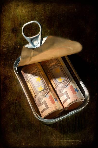 In Dosen Geld – Foto