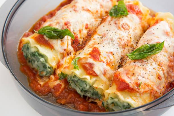 cannelloni - ricotta stock-fotos und bilder