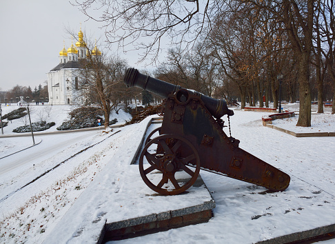 istock Cannons and a church in Chernihiv 497005340