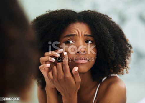 istock I can't be breaking out now 938999066