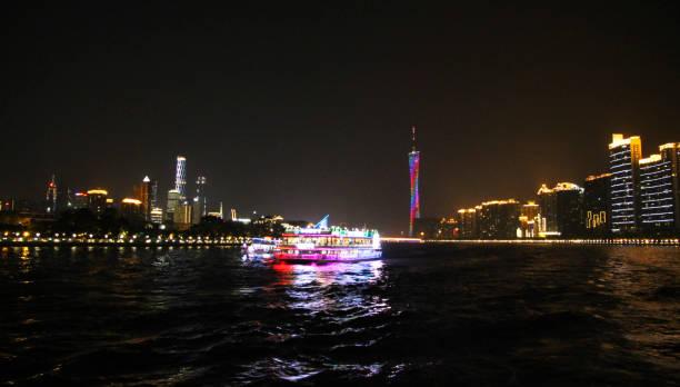 Pearl nehri Guangzhou Çin cumhuriyeti gece Kton kulesi stok fotoğrafı