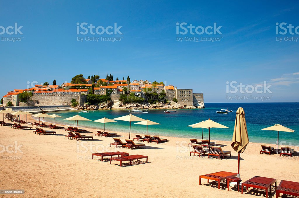 Lona sillas en la playa - foto de stock