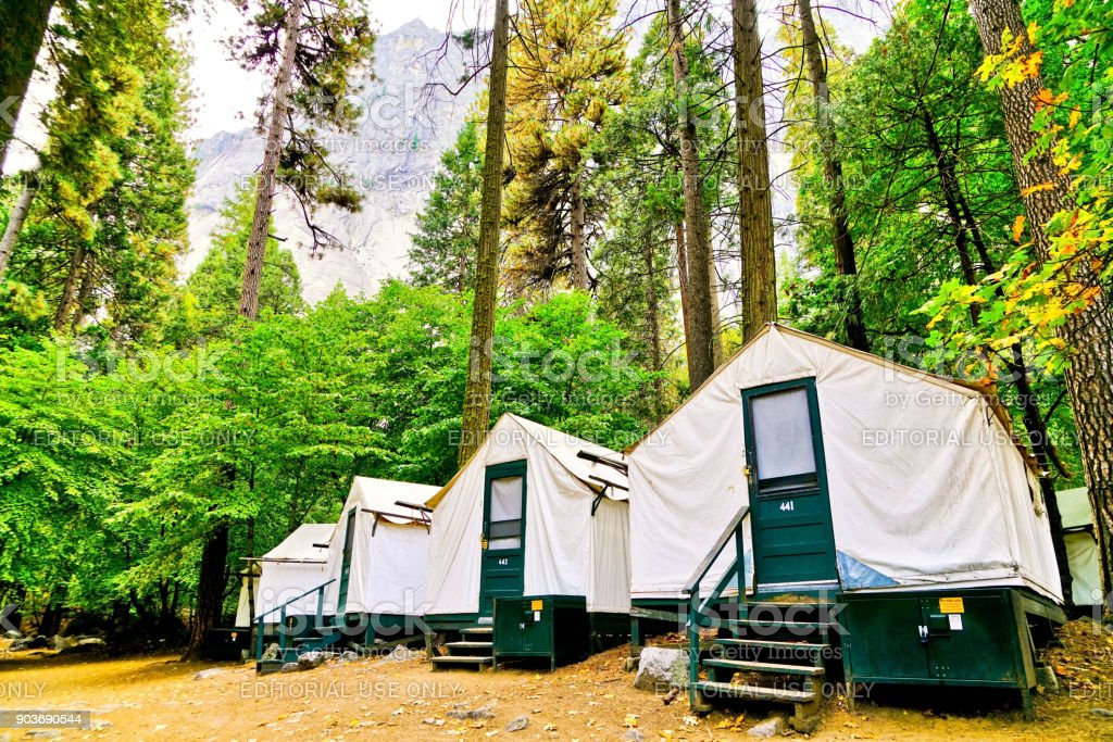 Canvas tent cabins at Half Dome Village in Yosemite National Park in autumn - Stock image . & Canvas Tent Cabins At Half Dome Village In Yosemite National Park In ...