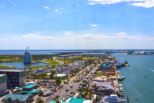 Cape Canaveral, USA. Die arial Ansicht von Port Canaveral vom Kreuzfahrtschiff – Foto