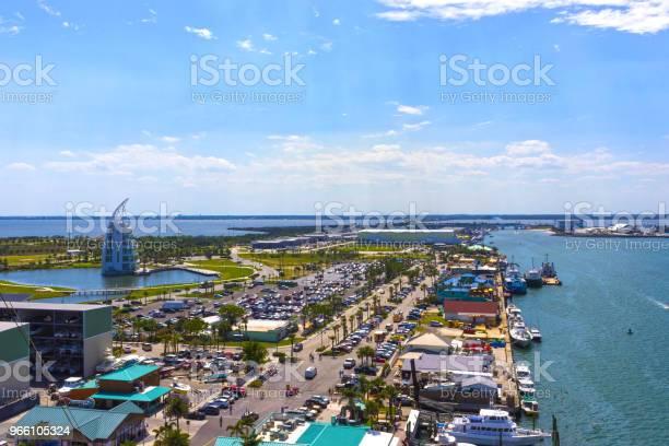 Cape Canaveral Usa Vyn Arial I Port Canaveral Från Kryssningsfartyg-foton och fler bilder på Bil