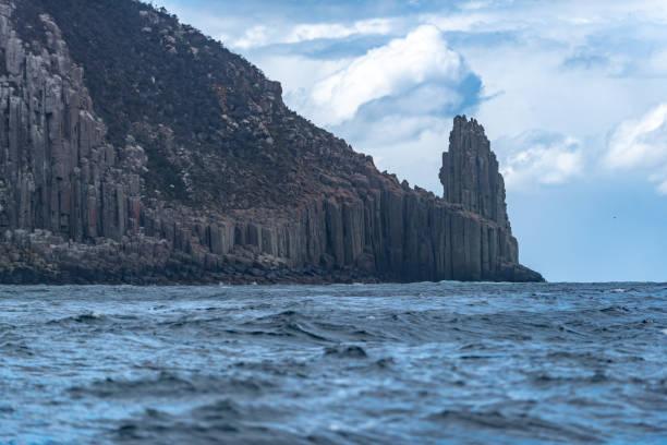 케이프 하우이, 이글호크 넥 해안 절벽 전망 태스만 국립공원 보호 구역, 포트 아서, 태즈메이니아 - 태즈먼 해 뉴스 사진 이미지