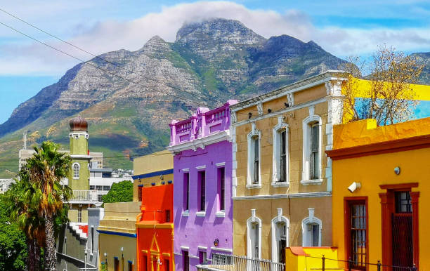 cape town bo kaap malay quarter rooftops with table mountain in the background - table mountain national park stock pictures, royalty-free photos & images
