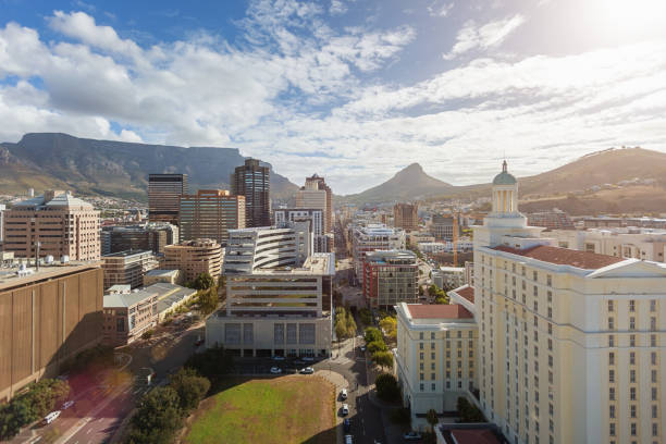cape town city downtown business district south africa - cape peninsula stock pictures, royalty-free photos & images