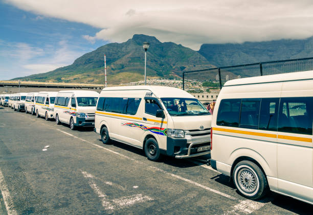 cape town taxi terminal - table mountain national park stock pictures, royalty-free photos & images