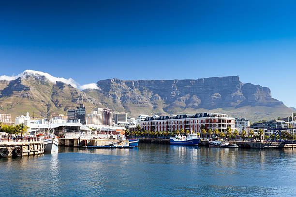 cape town v&a waterfront - table mountain national park stock pictures, royalty-free photos & images
