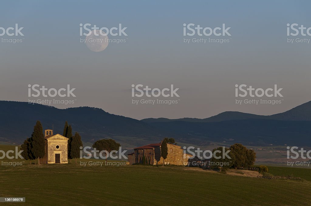 Capella di Vitaleta, Tuscany Farmhouse, Val d'Orcia stock photo
