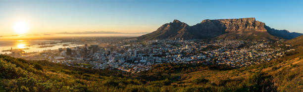 capetown sunrise - table mountain south africa stock pictures, royalty-free photos & images