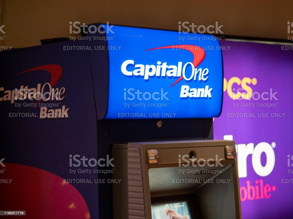 Capital One Bank Geldautomat Im Tunnel Stockfoto und mehr Bilder