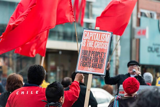 le capitalisme - 1er mai photos et images de collection