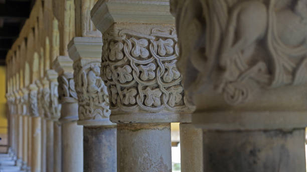 Capitals of the cloister of Santillana del Mar Capitals of the cloister of the Collegiate church of Santa Juliana in Santillana del Mar, Cantabria, Spain. It was taken in March 15th, 2017. romanesque stock pictures, royalty-free photos & images