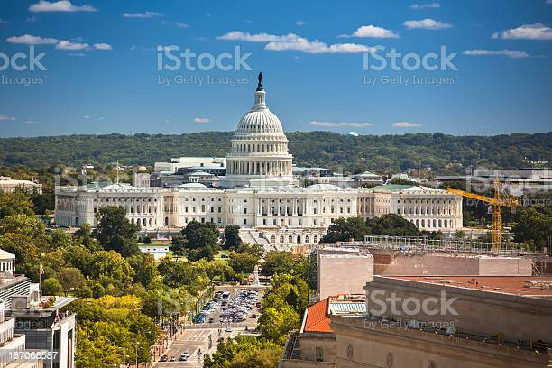 Capitol building aerial view picture id187068587?b=1&k=6&m=187068587&s=612x612&h=bsj2bntw4l0tabtsgn2gtq8peghoxqicmupgcgbs og=