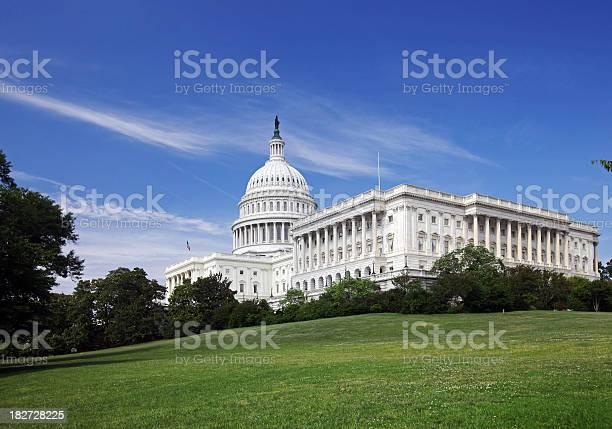 Capitol hill picture id182728225?b=1&k=6&m=182728225&s=612x612&h=ihru8w cs9 gvfsa636ro8gjlv65 zo7qc bissyjkg=