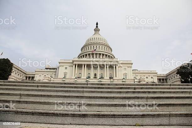 Capitol in washington dc usa picture id455626469?b=1&k=6&m=455626469&s=612x612&h=jwvm12fotbwelxlyazvmycbyeq uqeeqoe3cibx4vou=