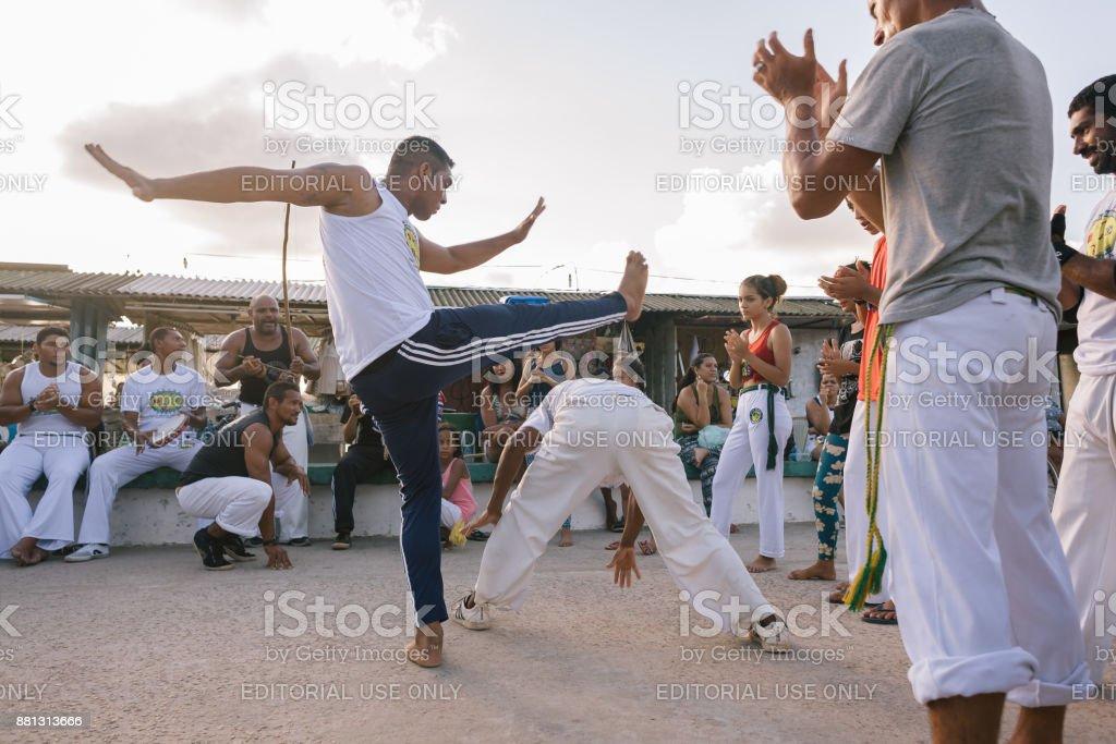Uma demonstração de capoeira na praia do jacaré, perto de João Pessoa, no Brasil - foto de acervo