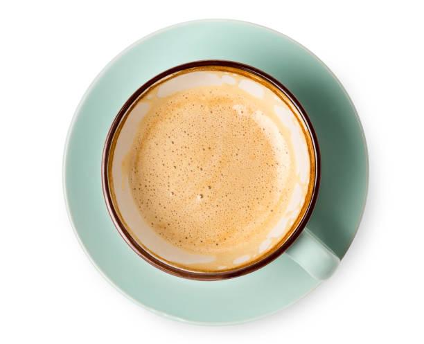 cappuccino-schaum, kaffee tasse draufsicht auf weißem hintergrund - cappuccino stock-fotos und bilder