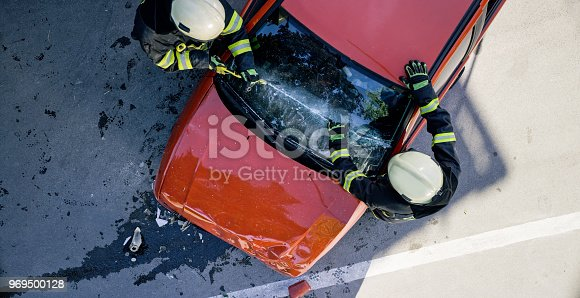 istock Car accident 969500128