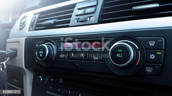 istock Car air conditioning 543667012