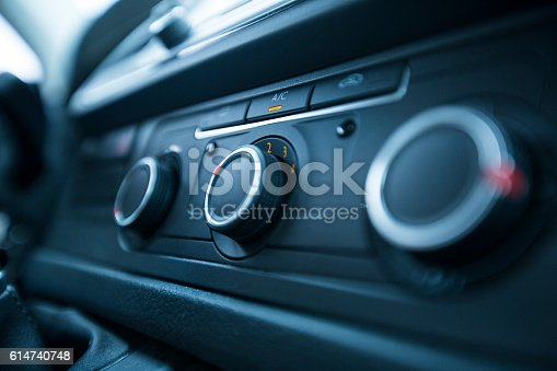 istock Car air conditioning 614740748