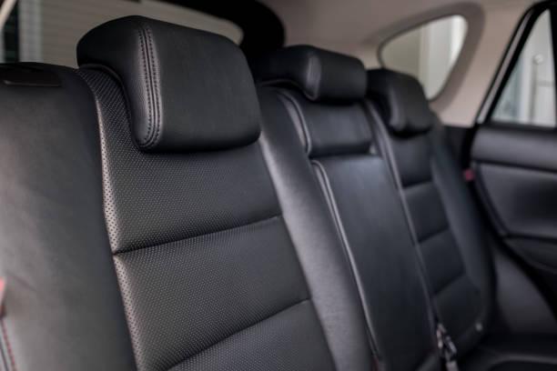 hintere leder autositz - kopfstütze stock-fotos und bilder