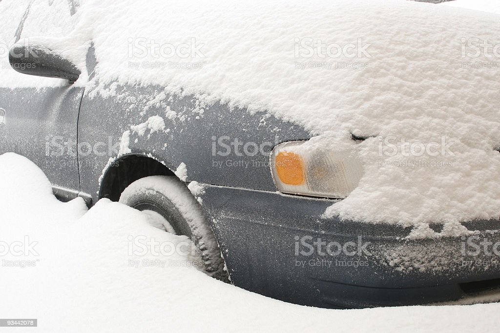 Auto, im Schnee Lizenzfreies stock-foto
